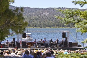 Band performing on a floating stage during the Big Bear Lake JazzTrax Summer Music Festival (photo by Pat Benter)