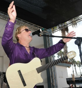Steve Oliver performing at Jazz at the Beach in Oceanside, CA (photo by David Hopley)