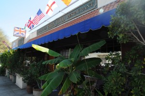 Robin Hood British Pub & Restaurant in Sherman Oaks, California (photo by David Hopley)