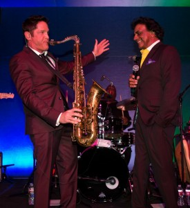 Dave Koz & Johnny Mathis performing at Spaghettini & the Dave Koz Lounge in Beverly Hills (Photo by Ambrosevents.com/Ellis Moore)
