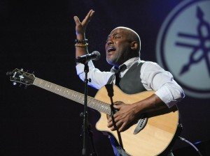 Jonathan Butler shares his spirit in song at Yamaha's Dealer Concert during the 2015 NAMM Show (Photo by David Hopley)