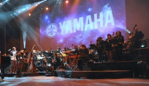 Nathan East with 25-piece orchestra at the Yamaha Dealer Concert in Anaheim, CA (Photo by David Hopley)