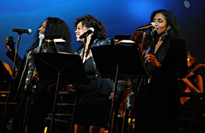 Background singers at Yamaha's Dealer Concert on Jan. 23, 2015 (Photo by David Hopley)