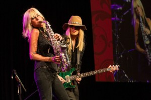 Mindi Abair performing with singer-songwriter-guitarist Orianthi at the 2015 She Rocks Awards (Photo by anjani-lynn white)