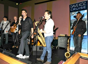 Dave Koz jammin' with actor John Stamos, Peter White and Gregg Karukas at Spaghettini in Seal Beach, California (photo by David Hopley)