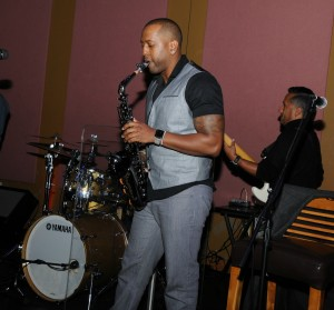 "Las Vegas-based saxophonist (and Coolio manager) Jarel ""Jarez"" Posey sits in with DW3 at Spaghettini (photo by David Hopley)"